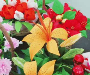 Paper Flower Chocolate Bouquet Making Video Course (Pre-Recorded) classes in Pune